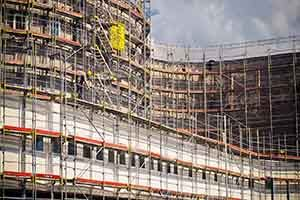 Citing Fall Protection deficiencies, OSHA levies heavy fines for recurrent violations at Becksted Masonry.